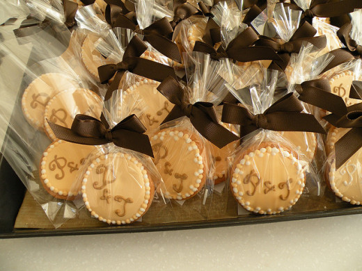 Cheap ribbon wedding favors.