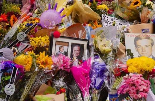 Farewell Robin Williams @ Mrs. Doubtfire House San Francisco