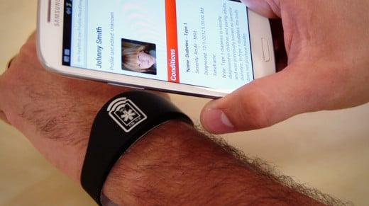A quick 'tap' with an NFC-capable smart phone (Android, Windows or Blackberry) transmits the information from your bracelet to medical professionals in the case of an emergency.