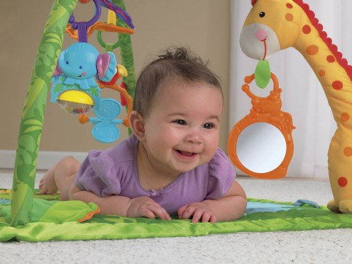 Modern baby mats contain lots of points of interest and enhance early child movement and coordination.