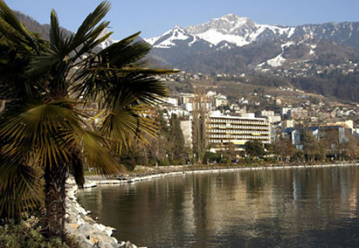 I've been to Switzerland, where the Montreux Jazz Festival lives on. So does the (new) Gamblin' House. The old one burned and collapsed with an awful sound, juxtaposed within this beautiful city of music.