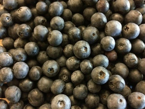Fact: Blueberries are high on  antioxidant  and low on calorie.