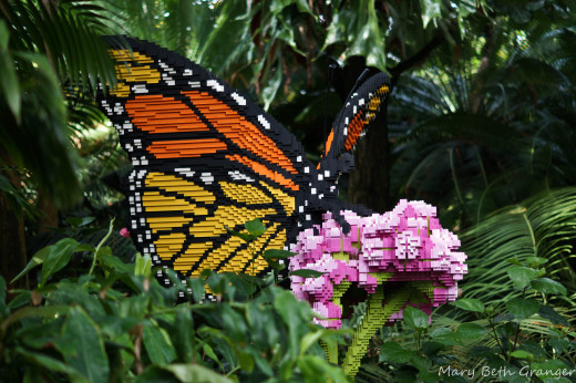 The exhibit for the summer of 2014 was a lego exhibit of lego flowers, insects and animals.