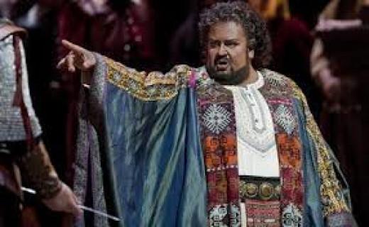John Botha as the most offensive Otello ever seen!