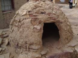 A perfect example of a simple clay oven.