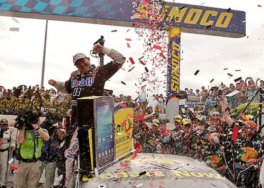 A win Saturday would put Tony Stewart in NASCAR's Chase despite missing three races