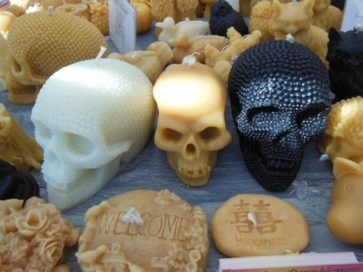skull candles, photo by Relache
