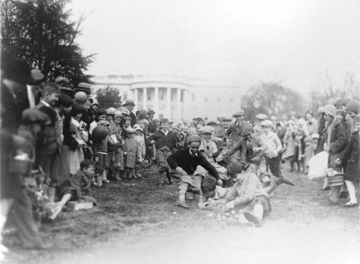 Eastern roll eggs in the White House in 1929