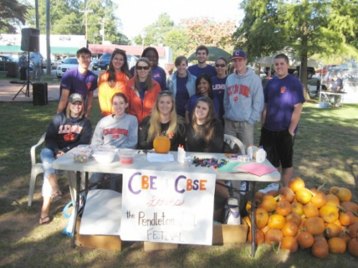 Clemson University Students volunteer at Fall Harvest Festival