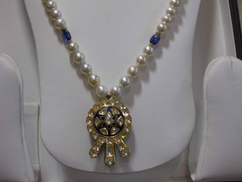 Kundan Meena Jadau Pendant with Pearls