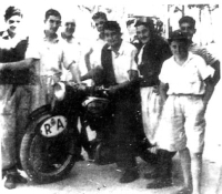 alberto granado and che guevara on motorcycle trip