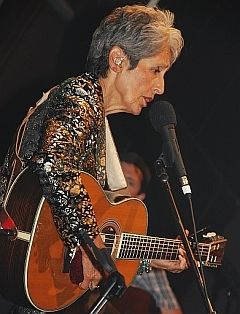 Joan Baez in concert, New York 2009