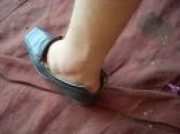 The split shoes