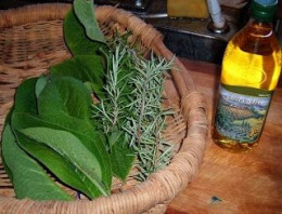 Comfrey/rosemary oil