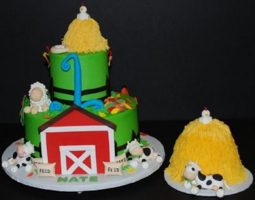 Haystacks! Gotta love the matching smash cake for the happy 1 year-old!