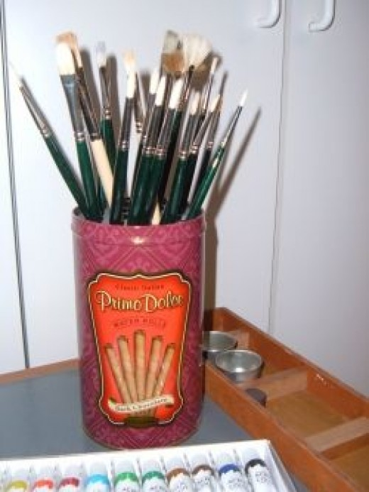 Handcrafted Artist Paint Brush Holder