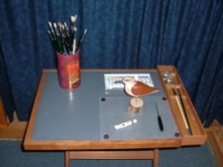 Portable Craft Table Plans: A Portable Table for Artists and Crafters
