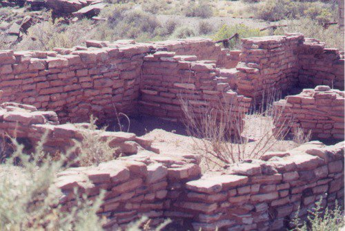 Indian ruins near the Petrified Forest.