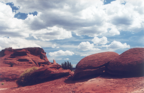 Not ruins, just boulders in the area