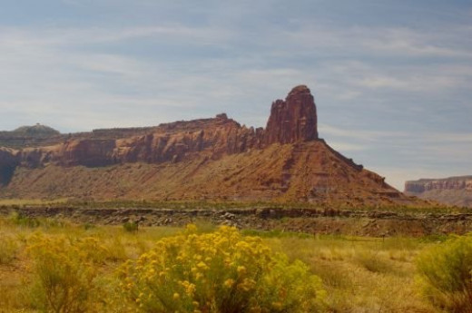 Striking mesa with rock.