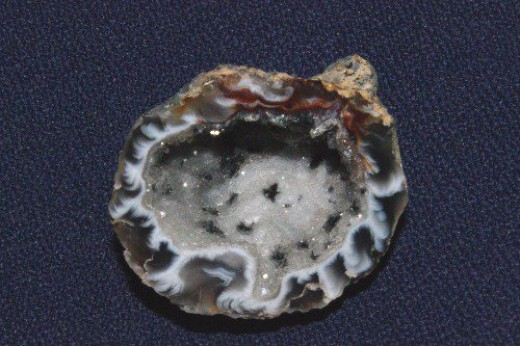 Geode. Another beautiful round thing made by God.