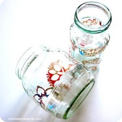 See the full tutorial for making these junk mail snowflake jars by clicking the link.