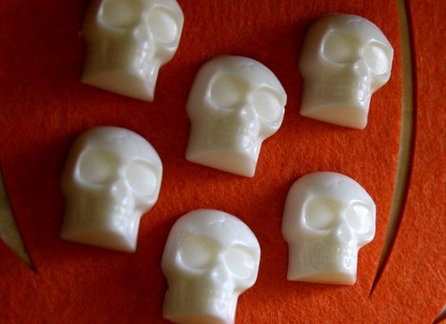 Soap off a rope. Source:  http://dollarstorecrafts.com/2010/09/make-skull-soap-on-a-rope/