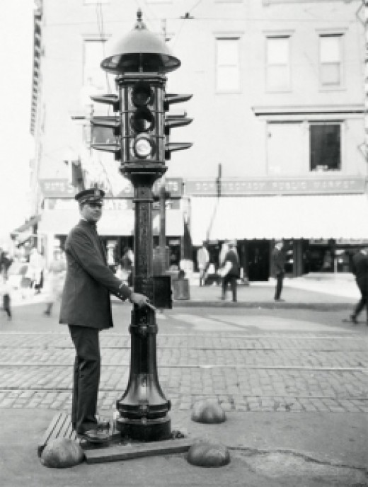 Early manual traffic signal