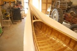 Hull in canvas / interior varnished
