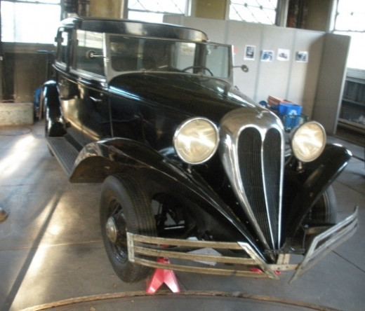 This is a 1936 Brewster, which was owned by Thomas Edison's son Charles Edison. The son served as New Jersey's governor from 1941-1944.