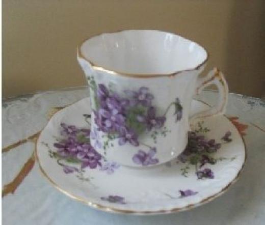 Victorian-Violet-Teacup