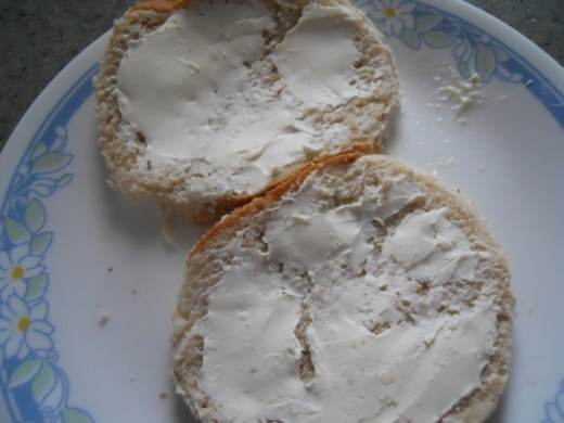 Spread cream cheese on the other side of each slice.   This keeps the juices from seeping and making the bread soggy.