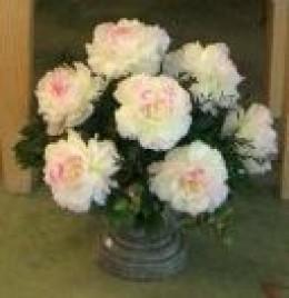 Silk arrangement in an urn.