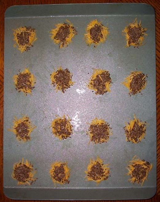 Cheese mounds with flax