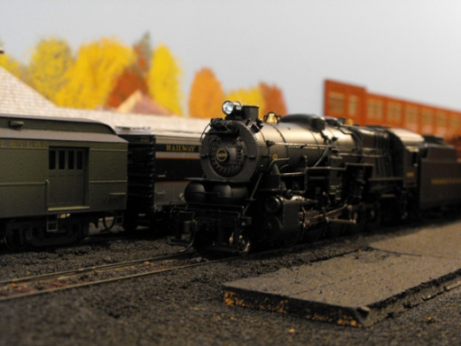 HO Scale Passenger Train at Depot