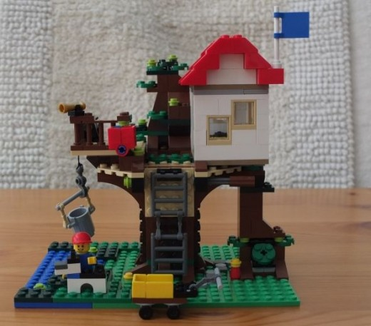 Lego CreatorTreehouse side view
