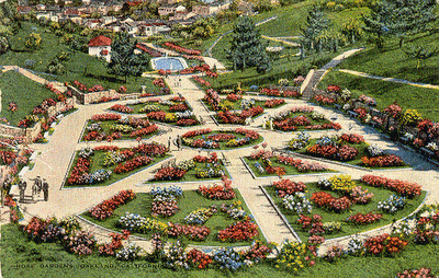 A postcard of the garden as it appeared in the 1930s
