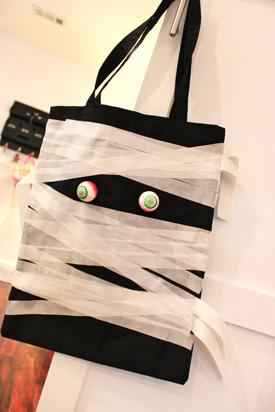 Trick or Treat Bags DIY - Mummy Bag