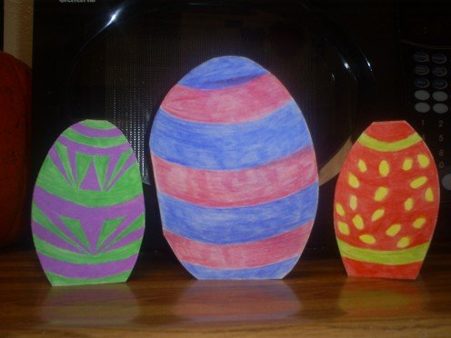 Here are three Easter egg cards that I made recently.