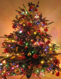 Which artificial tree should I buy - Balsam Hill or Frontgate?