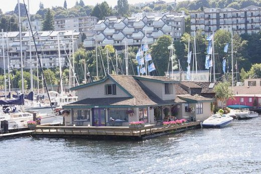 Sleepless in Seattle Houseboat