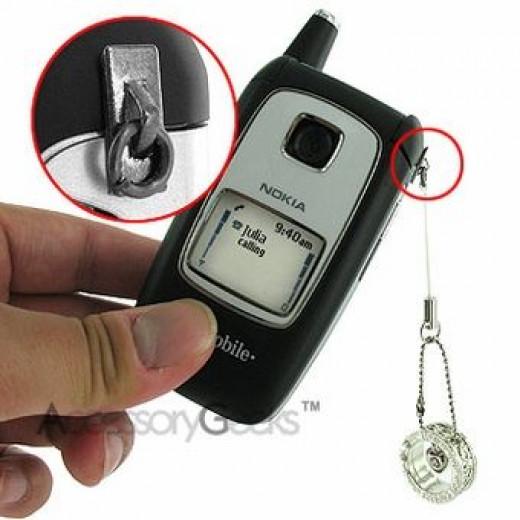 Attach-a-phone-charm-O-Ring