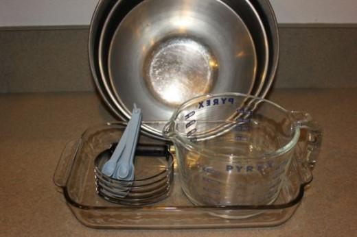 Kitchen Utensils for making blueberry crisp