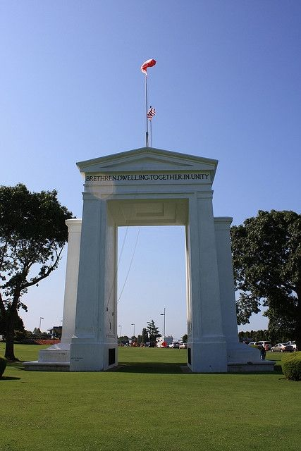 Peace Arch Canada Side
