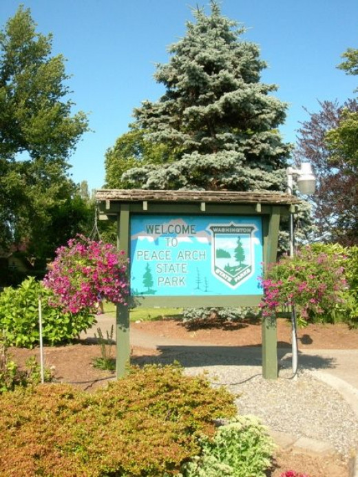 Peace Arch WA State Park