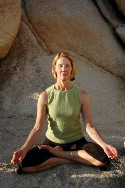 Practicing yoga helps relieve menopause symptoms