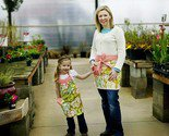 mommy and me matching aprons