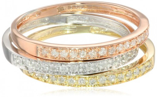 Tri-colored engagement rings at the perfect price for all 3!