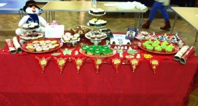 The Christmas Wreath Cupcakes were a bestseller on our Christmas Crafts Stall!