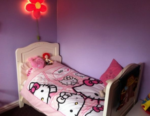 Hello Kitty duvet set on toddler bed. Copyright of the author
